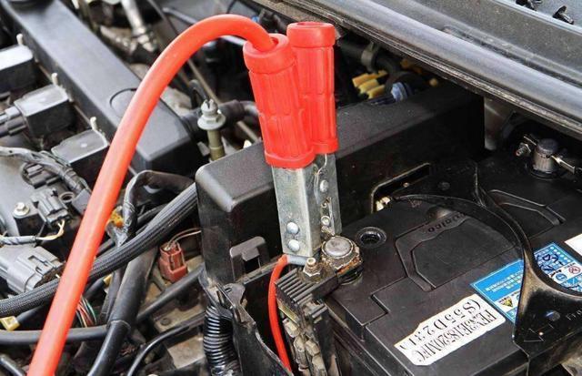 汽车电瓶多久更换一次?(图2)