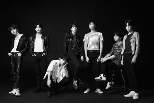 防彈少年團第三輯發售首周銷量破百萬