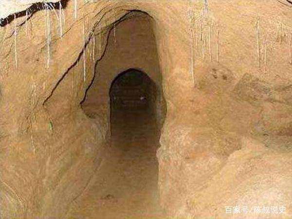 为何盗墓者总是比考古专家先发现古墓?
