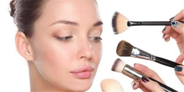 每天用卸妆水卸妆,会对肌肤造成什么伤害?看完才发现自己做错了