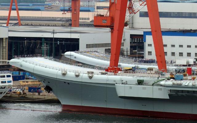 中国第3艘航母正在组装,采用核动力,安装蒸汽或电磁弹射装置