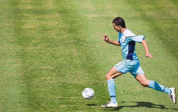 如何测量足球运动员跑动距离? 足坛单场跑动距