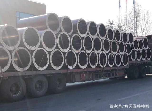圆模板在车辆运输中的排列和捆绑固定方式