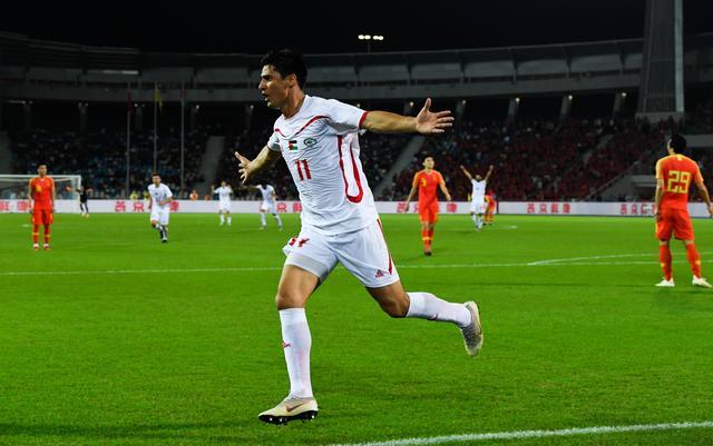 足球--热身赛:中国平巴勒斯坦