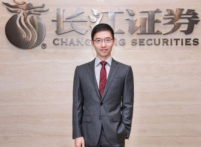 刘元瑞出任长江证券总裁 创最快研究员晋升纪录