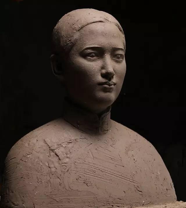 宋庆龄铸铜人物肖像雕塑泥塑
