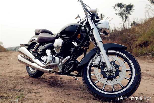 双缸250复古电喷太子摩托车,ABS系统,一线品牌,售价不足两万