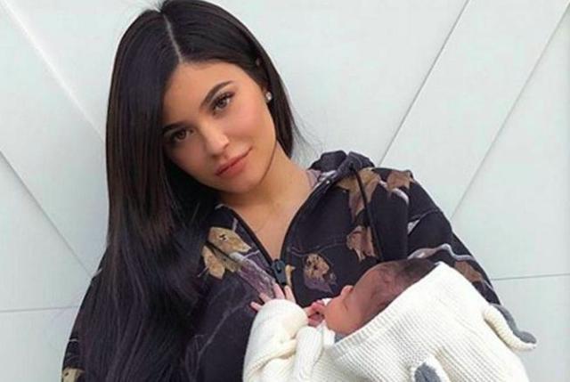 #史上最年轻白手起家亿万富翁#,Kylie Jenner算不算白手起家?