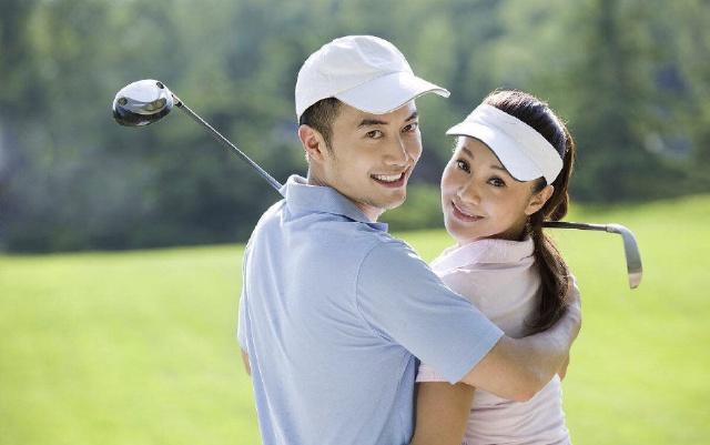 从打高尔夫球中学到的婚姻经营秘笈,学会的人都能获得稳固的幸福