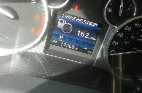 南京小伙花55萬買輛豐田坦途,開了1.7萬公里后車主曬出了油耗