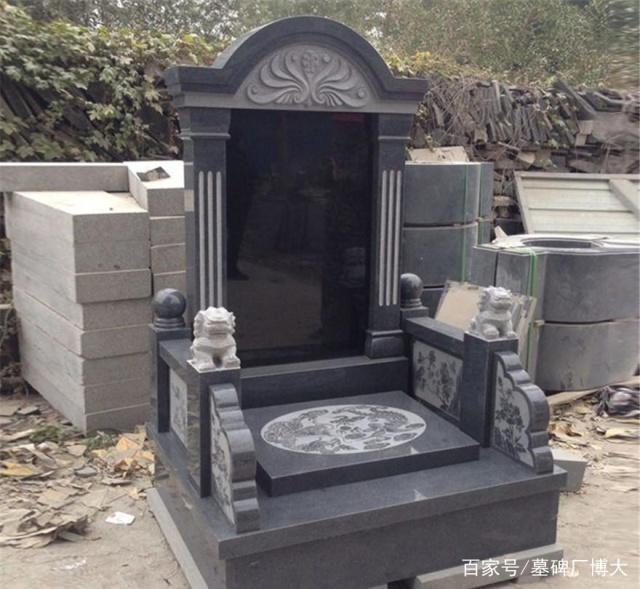 常见的墓碑石材材料