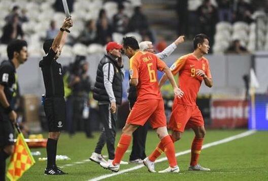 有人怀疑冯潇霆在中国队对伊朗队时打假球