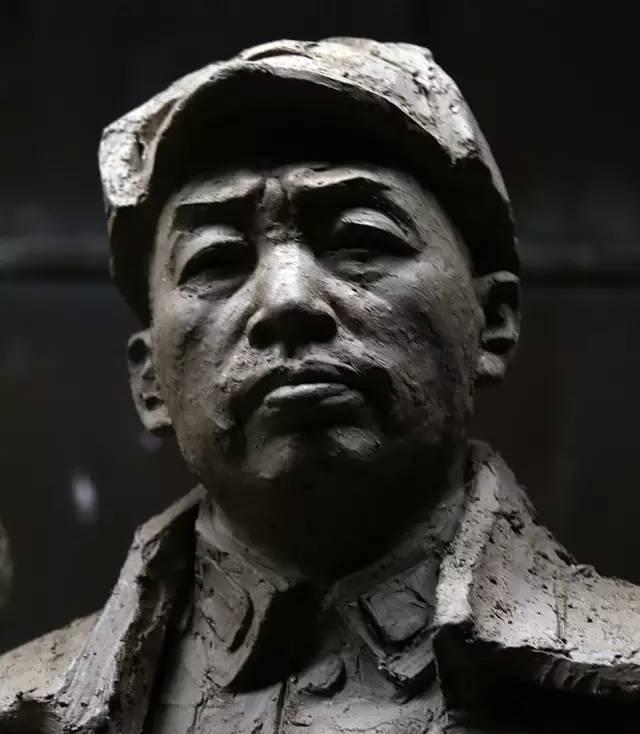 彭德怀铸铜人物肖像雕塑