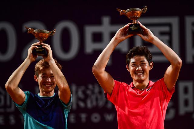 网球——2020中国巡回赛安宁站:张之臻