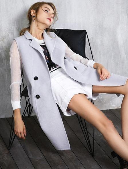 為什麼歐美人出門總要披一件大衣外套?並不是為瞭耍酷!