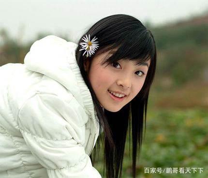 赵丽颖的闺蜜,李宇春的师姐,曾经爆红的她今携