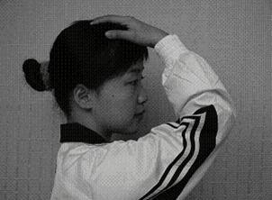 颈椎病9招自我按摩手法图解 缓解颈部疲劳