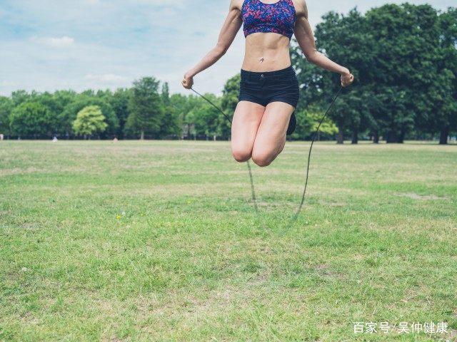 怎样在家里练弹跳?简单实用的方法让你变瘦!-轻博客
