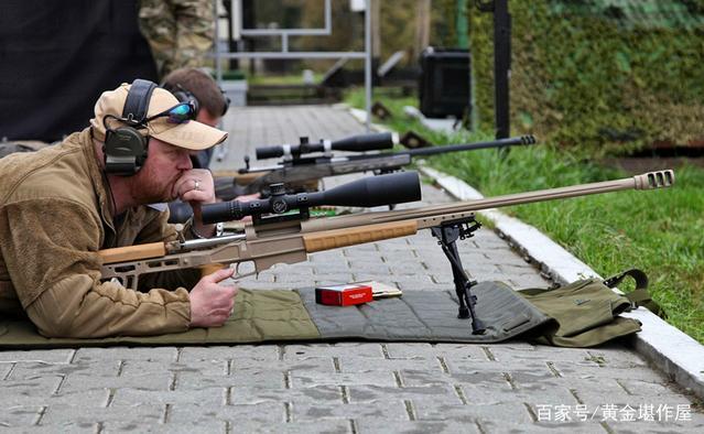 回复:俄研制自动供弹的大口径狙击步枪 射程超过2000米