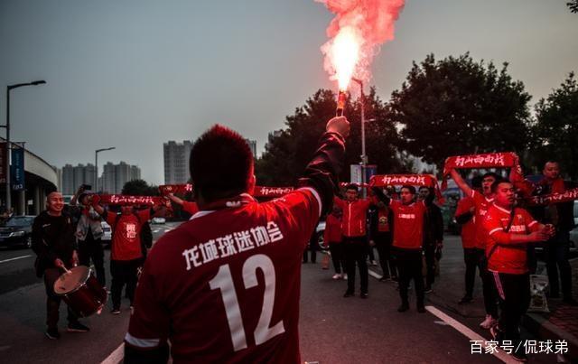 """历史性时刻!深圳退出中乙,""""足球沙漠""""山西获递补!"""