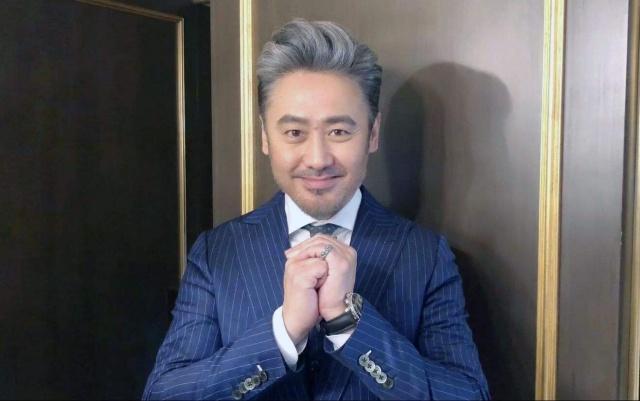 """北京春晚和《王牌》收视率均夺冠,网友热评吴秀波""""功不可没"""""""