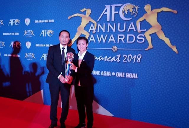"""2018""""亚洲足球小姐""""王霜:足球未来可期,英语更可期"""