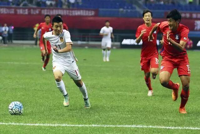 在曼联踢球的中国人!国青小将受邀前往梦剧场