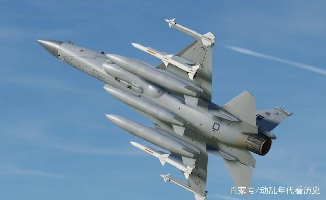 伊朗少将亲自出马,宣布购买中国战机:不是歼3