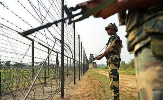 印军无情炮击巴5小时致多人伤亡 巴军强力回击