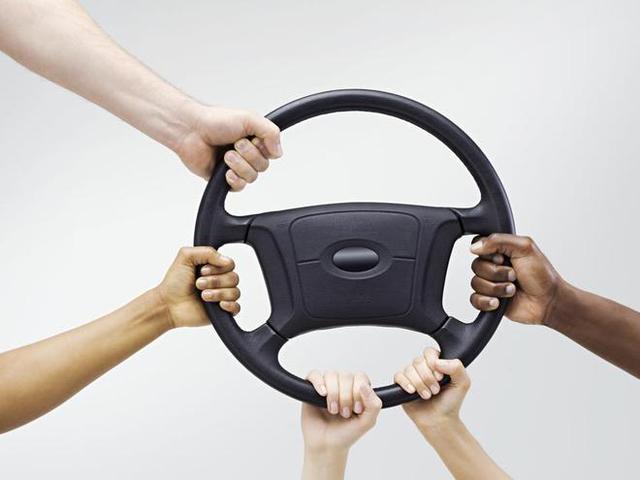 """热评马斯克舌战Waymo 自动驾驶汽车""""房间里的大象""""初现"""