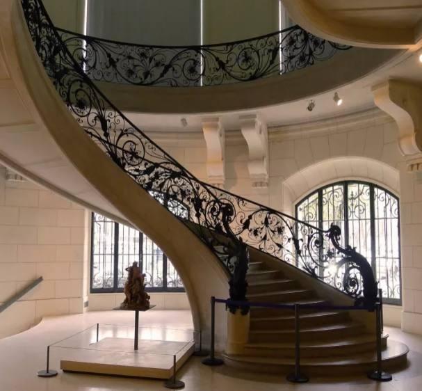 铁艺楼梯扶手的设计及介绍(图2)
