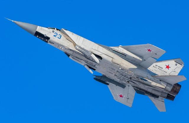 速度3.2马赫,导弹也追不上,创下16项世界飞行纪