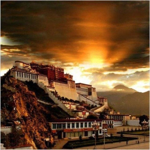 西藏第一站——布达拉宫旅游攻略