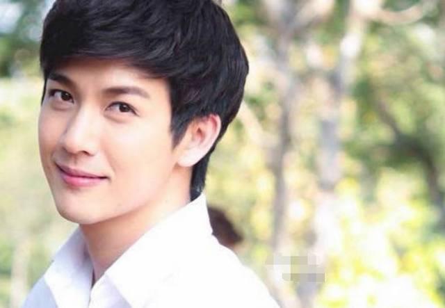 同为来中国拍剧的泰国人,颜值不相上下,为何发