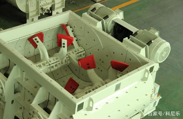 混凝土双卧轴搅拌机结构说明
