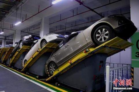 重庆现平面斜置式停车库 节约空间
