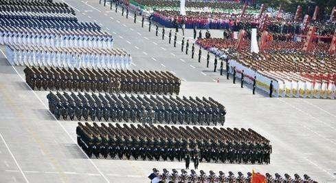 建国70周年,谁来担任大阅兵的总指挥?看完你就