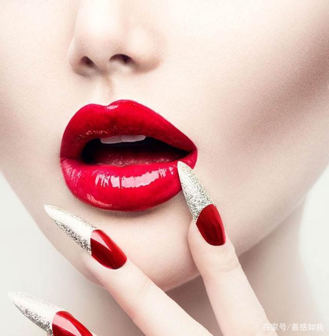 为什么小城市女生喜欢化妆,而大城市女生喜欢素颜?