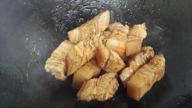 红烧肉的做法 最正宗的红烧肉做法