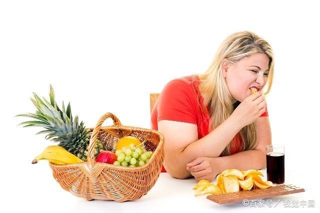 冬天是减肥瓶颈期,避开3个发胖时间点,体重