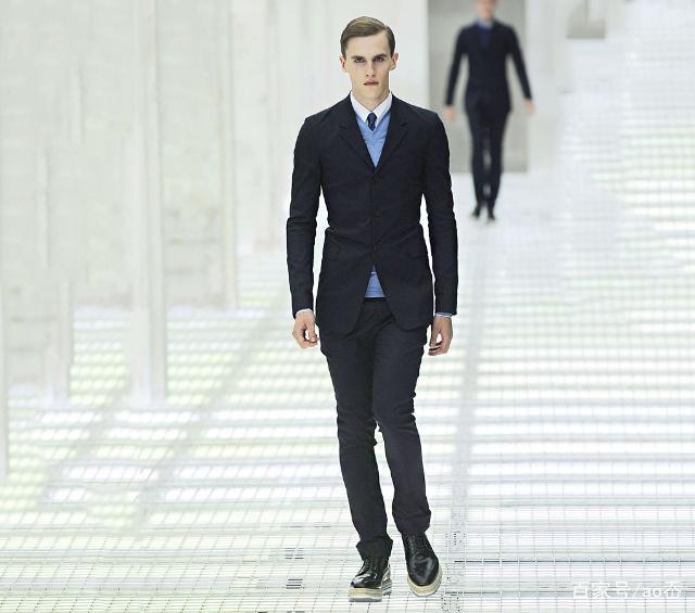 教您几招男装搭配技巧简单实用(1)从服装搭配改变自己