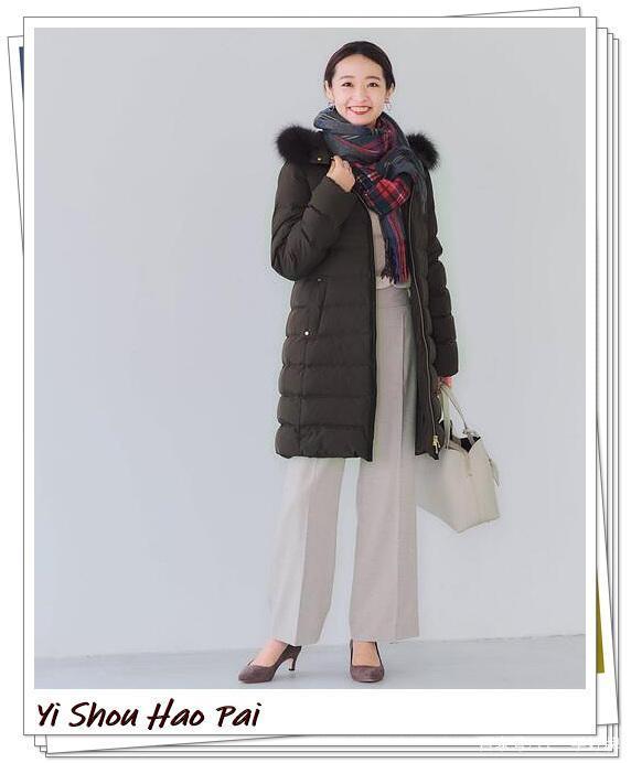 羽絨服和圍巾的冬季搭配分享!溫暖和時尚兼而有之