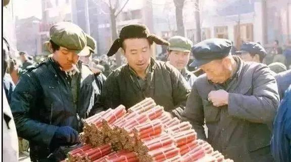 简单幸福的年味,纯真美好的记忆,旧时春节老照片欣赏