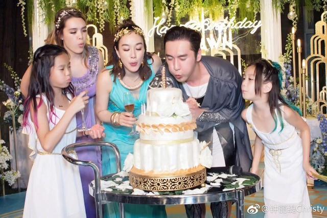 48岁钟丽缇为张伦硕办豪华生日趴,邹市明夫妇捧场庆祝,简直甜炸