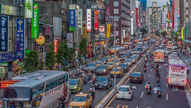 在台湾,男生没有摩托车真会找不到女朋友?答案让人很感慨