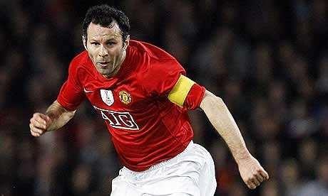 近15年来曼联最强11人阵容,现役球员只有他一