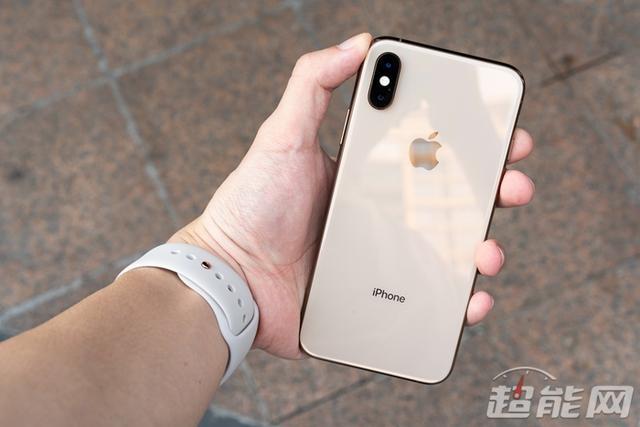 拿好你的iPhone XS Max,摔坏了维修费就要一台
