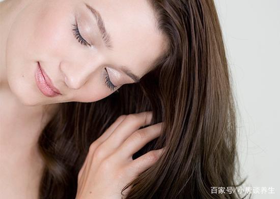 为什么越来越多的脱发的人选择毛发移植?毛发移植现在都有哪些方法呢?