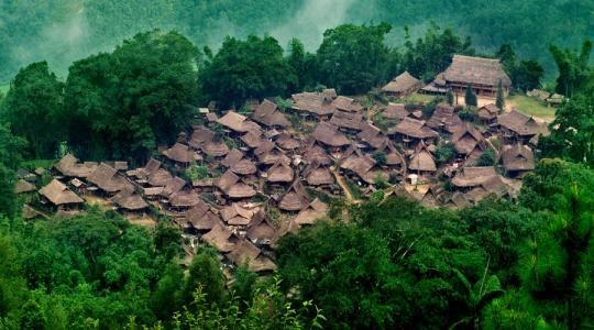 中国最后一个原始部落:仅存不到300户人家,男耕女织令人向往