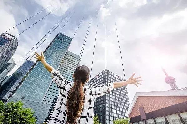 上海市妇联:上海女性结婚晚了5年